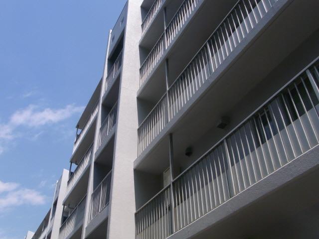港南台 徒歩18分 1階 3LDK 賃貸マンション
