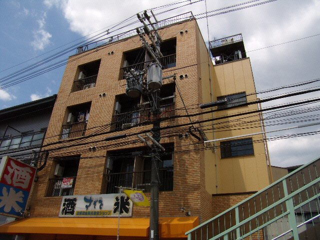六地蔵 徒歩12分 3階 1K 賃貸マンション