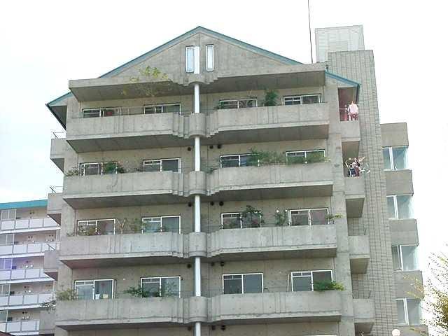 桃山御陵前 徒歩18分 4階 2DK 賃貸マンション