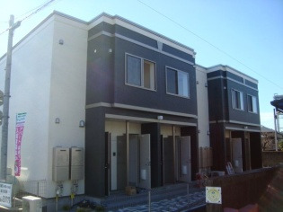 エバープレイス 賃貸アパート
