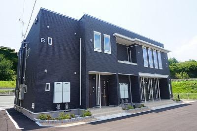 サン・ロイヤルガーデンⅡ B 賃貸アパート