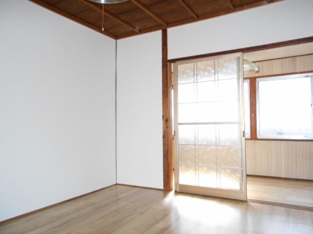 熱田区二番2丁目借家 賃貸一戸建て
