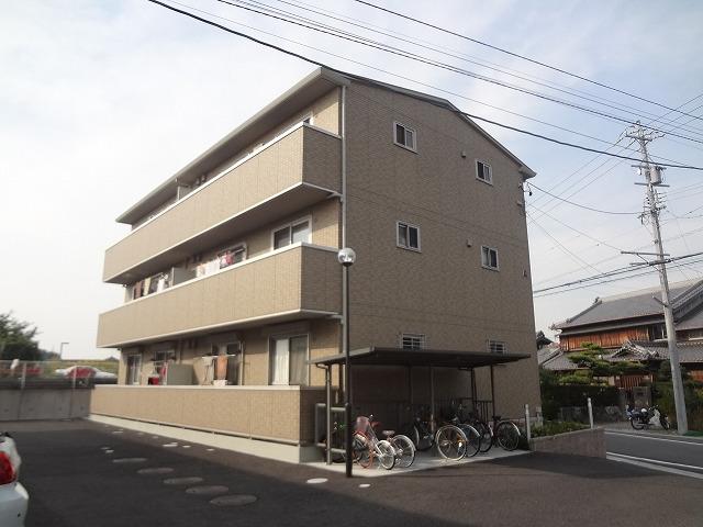 グランシャリオ前屋敷A 賃貸アパート