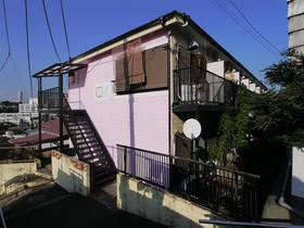 ピッコロカーザ山手 賃貸アパート