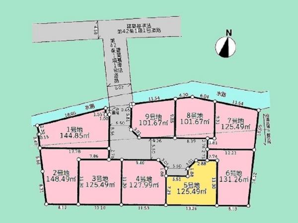 間取り/地積図間取り:全9区画の開発分譲地。