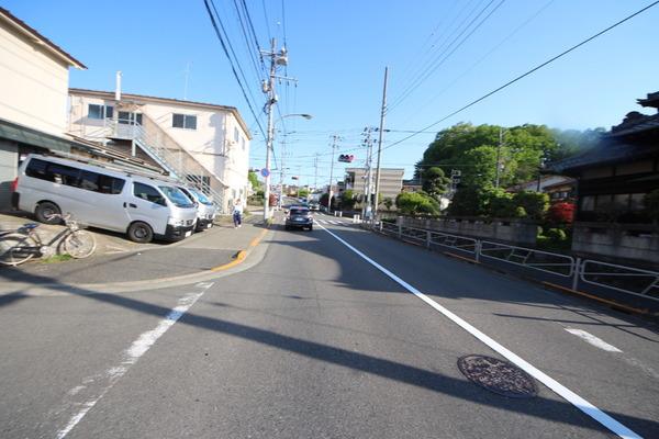その他前面道路含む現地写真:前面道路含む現地写真