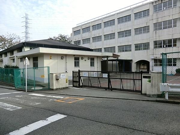 現地周辺横浜市立南希望が丘中学校 1341m
