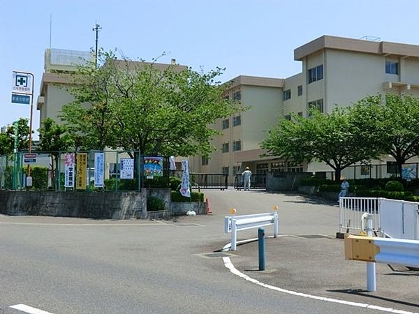 現地周辺海老名市立杉本小学校 635m