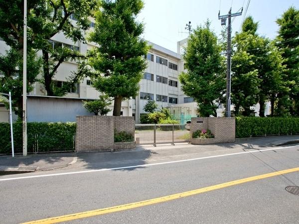 現地周辺藤沢市立御所見中学校 2512m