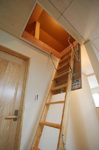 その他参考プラン当社自由設計施工例:小屋裏収納