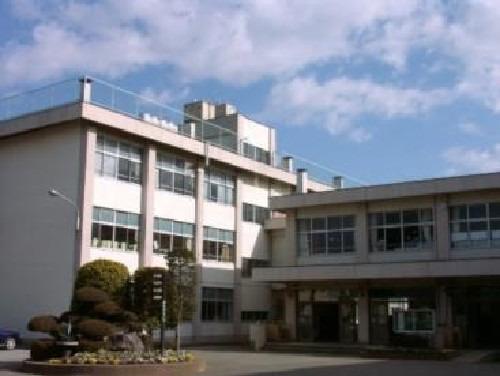 現地周辺日高市立高萩中学校