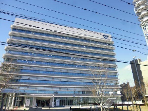 現地周辺藤沢市役所 661m
