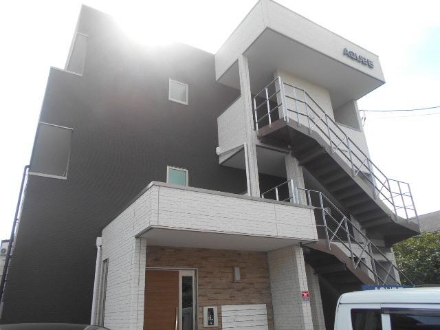 外観 2015年2月築 インターネット無料 都市ガス1Kアパート