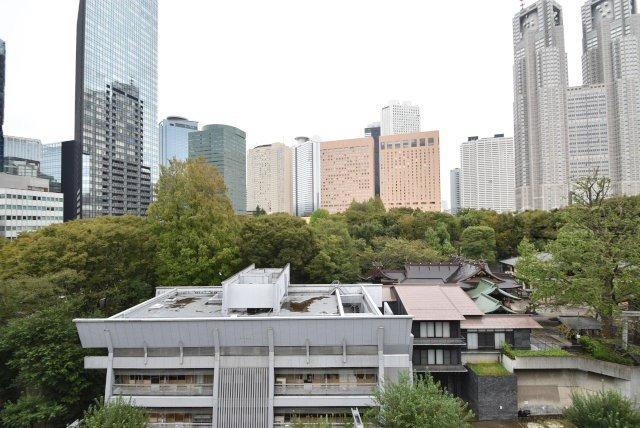 東京都新宿区西新宿4丁目