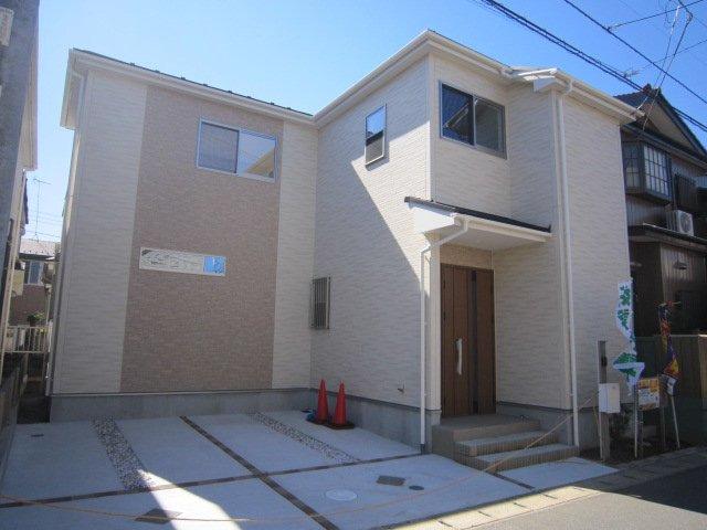 くぬぎ山1丁目 新築分譲住宅 全3棟 スーパーベルクスが至近のお住まい/千葉県鎌ケ谷市くぬぎ山1丁目