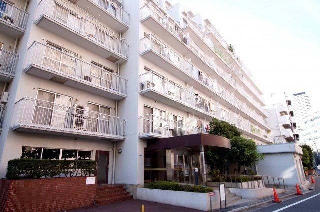 西新宿ハウス/東京都新宿区西新宿4丁目