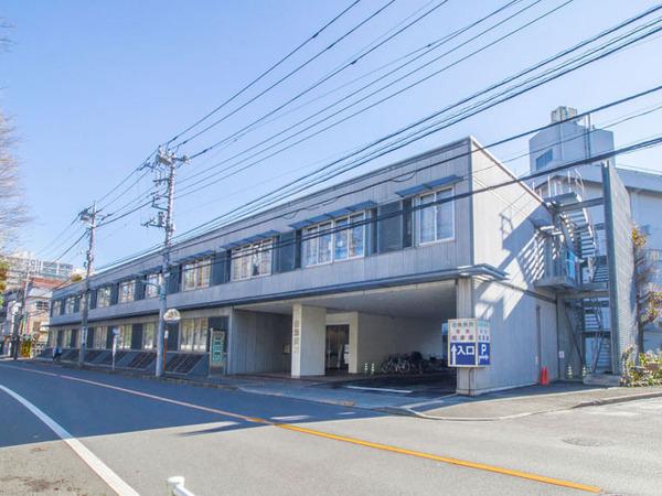 現地周辺医療法人財団緑秀会田無病院 781m