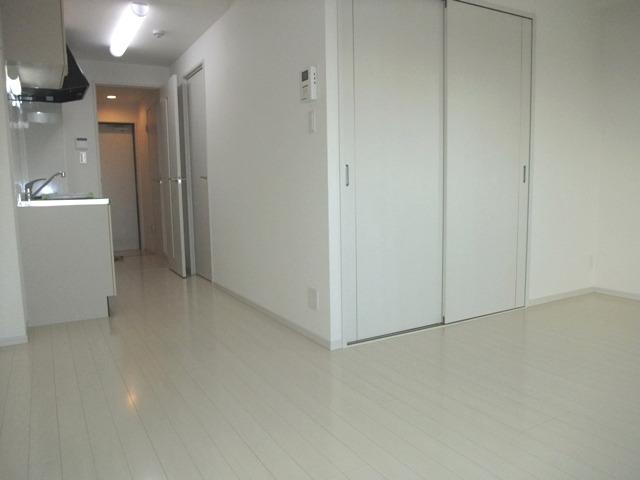 居室LDK12帖