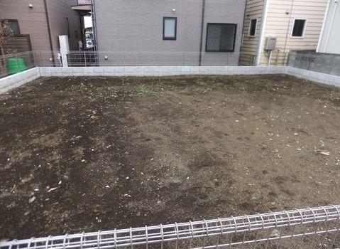 その他2駅徒歩圏の売地。約42.13坪。建築条件はありません。敷地延長ですが幅がありますので駐車もラクラク。周辺環境良好です。