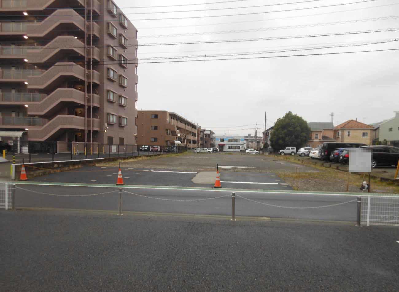 その他小田急線「本厚木」駅まで徒歩圏内。駅周辺の充実した商業施設が気軽に利用できます。東名高速「厚木インターチェンジ」まで約3km。