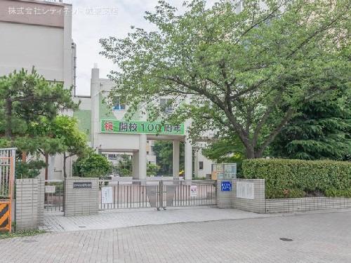 現地周辺江戸川区立小松川小学校