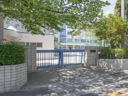 現地周辺江戸川区立小松川第二中学校