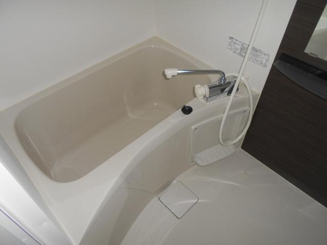 居室ゆったりお風呂でリラックス