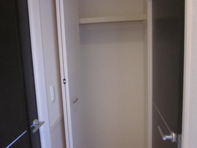 居室廊下収納