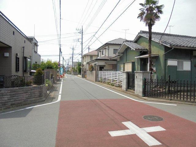 その他前面道路(北東側)