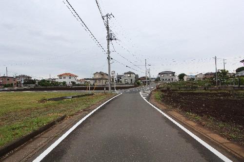 外観現地写真2017年5月撮影 前面道路