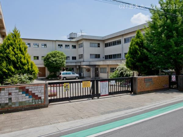 現地周辺松戸市立上本郷小学校 720m