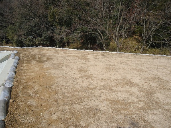 その他前面道路含む現地写真:桜ヶ丘 土地(33号地) 現地外観