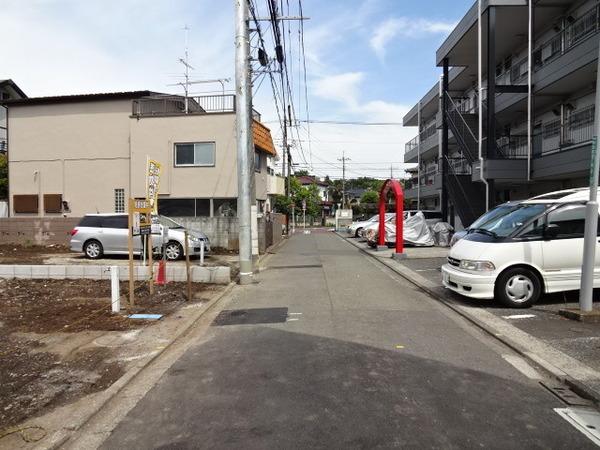 その他前面道路含む現地写真:前面の開放感は見事