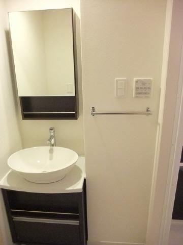 居室独立洗面台・浴室乾燥機