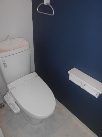 居室ウォシュレット付きトイレ