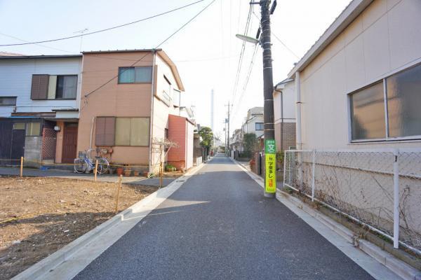 外観住環境に配慮されて第一種低層住居専用地域です。