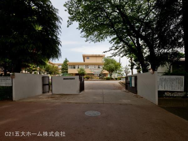現地周辺松戸市立常盤平中学校 850m