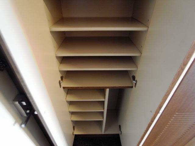 その他たっぷりとした収納スペースです