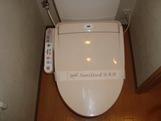 居室温水洗浄便座