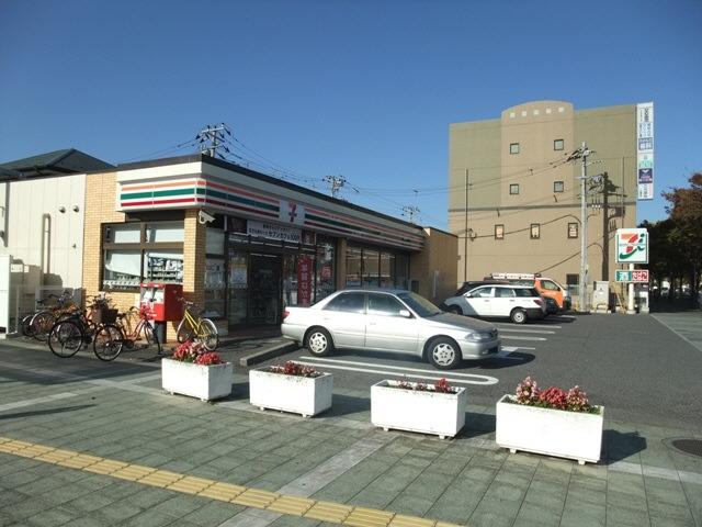 現地周辺千葉寺駅前コンビニ