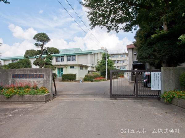 現地周辺松戸市立第五中学校 2210m