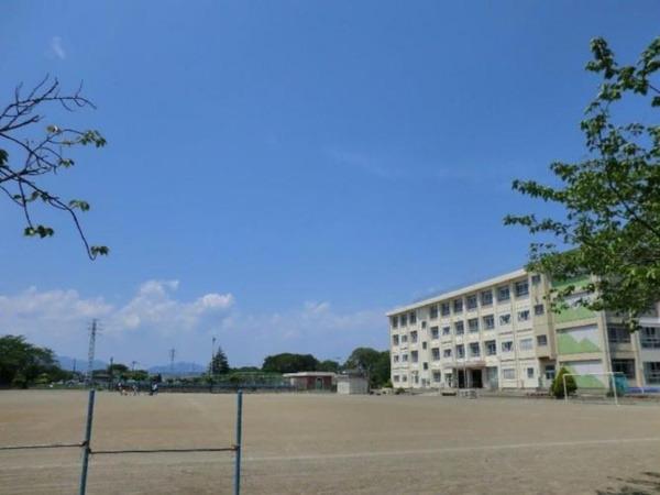 現地周辺寒川町立小谷小学校 785m