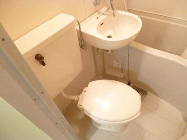 その他ゆったりとした空間のトイレです