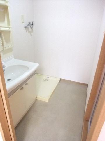 独立洗面脱衣所。写真は別号室になります