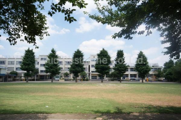 現地周辺中野区立武蔵台小学校