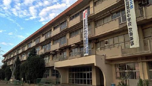 現地周辺第四中学校(学校が新しく、エアコンの整備やトイレ、給食室の衛生管理などとても魅力的です)