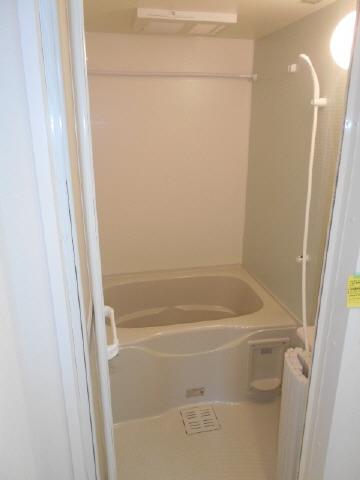 居室追い炊き給湯機能付き浴室