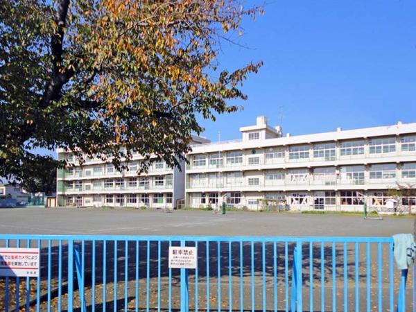 現地周辺並木小学校
