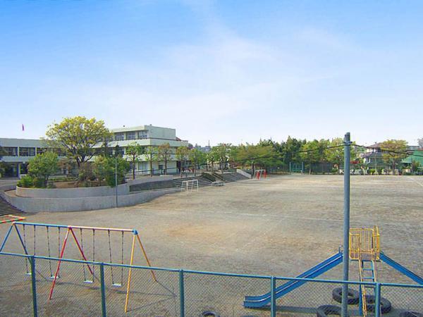 現地周辺高ヶ坂小学校