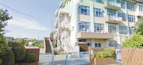 現地周辺八王子市立椚田小学校 143m